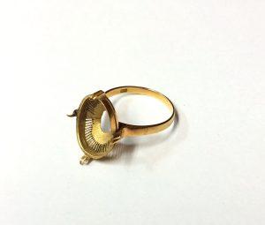 K18石の取れた指輪