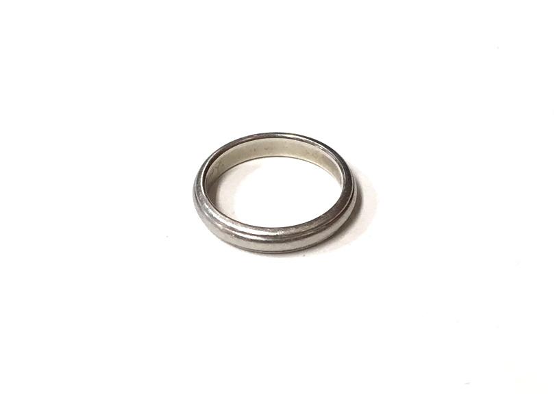 不要になった結婚指輪の賢い処分方法は?捨てる?売る?